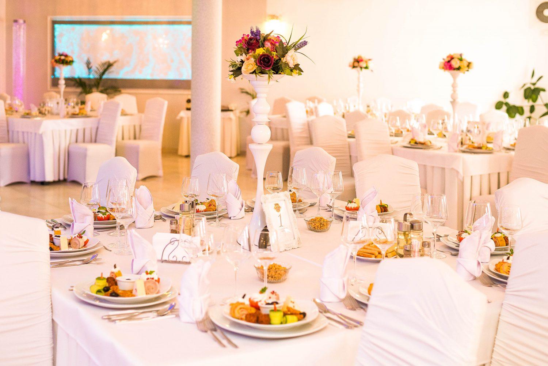 Decor sala nunta restaurant Equinoxe Royal Reghin
