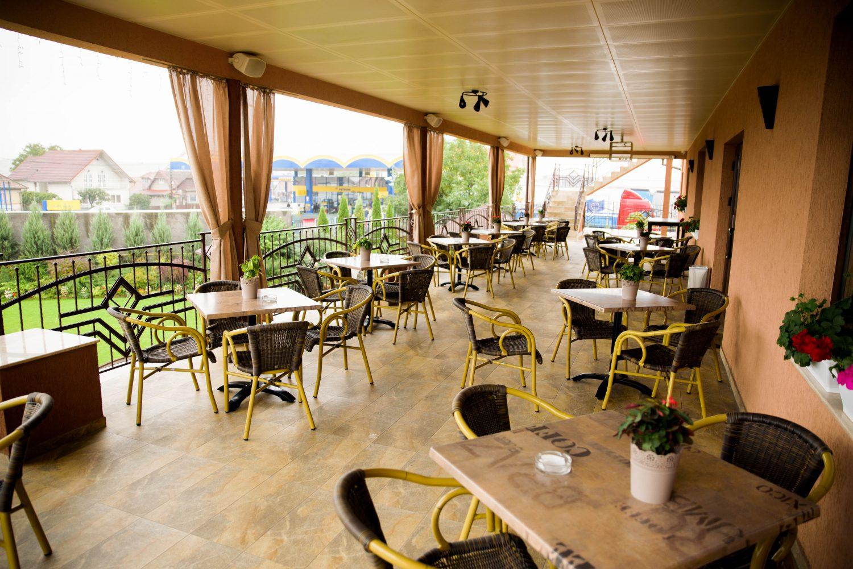 Terasa restaurant - pensiune Equinoxe Royal Reghin
