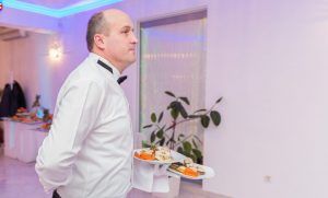Restaurant Equinoxe Royal Reghin - Servire meniu eveniment