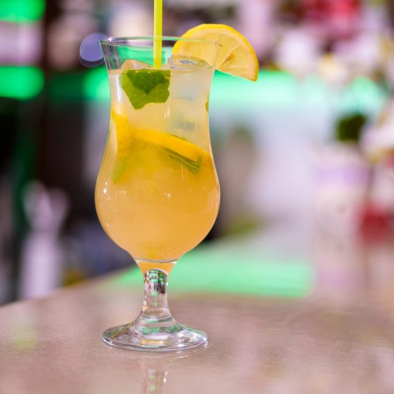 Mint Lemonade Cocktail Restaurant Equinoxe Reghin